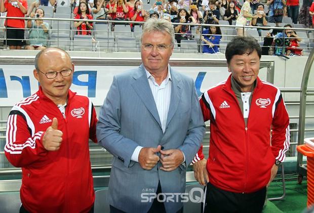 Huyền thoại của Man United mong HLV Park Hang-seo tiếp tục gắn bó với tuyển Việt Nam - Ảnh 3.