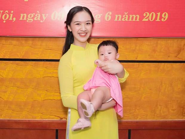 Hoa khôi Hà thành kể chuyện vừa sinh con vừa tốt nghiệp cử nhân Luật loại Giỏi: Nếu các nữ sinh mang thai ngoài ý muốn, hãy thẳng thắn đối diện - Ảnh 4.