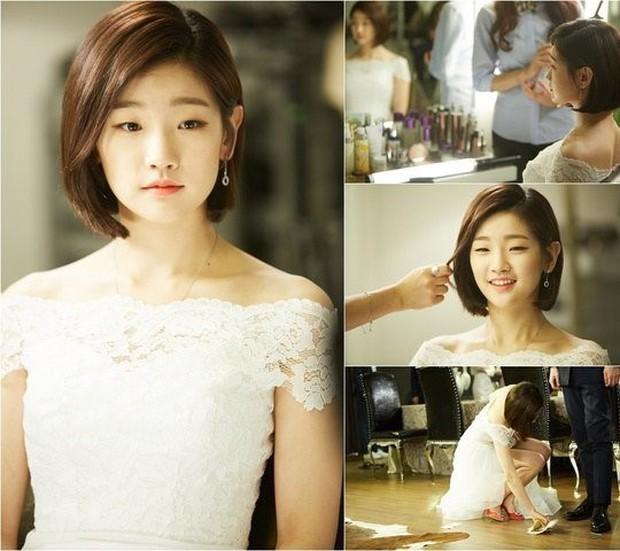 Thiên tài lừa đảo của Kí Sinh Trùng: Kiều nữ Park So Dam hoá ra là bạn học Kim Go Eun, từng bị rớt casting đến 17 lần - Ảnh 11.