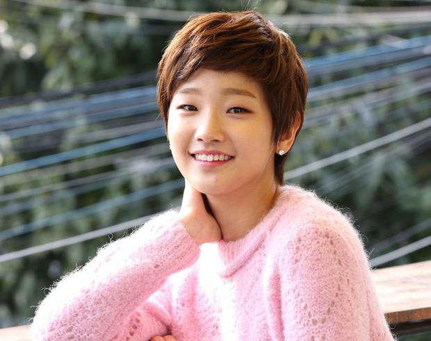 Thiên tài lừa đảo của Kí Sinh Trùng: Kiều nữ Park So Dam hoá ra là bạn học Kim Go Eun, từng bị rớt casting đến 17 lần - Ảnh 3.