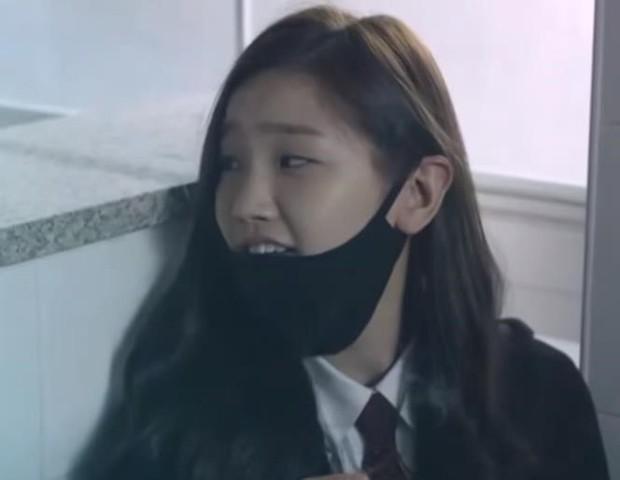 Thiên tài lừa đảo của Kí Sinh Trùng: Kiều nữ Park So Dam hoá ra là bạn học Kim Go Eun, từng bị rớt casting đến 17 lần - Ảnh 7.