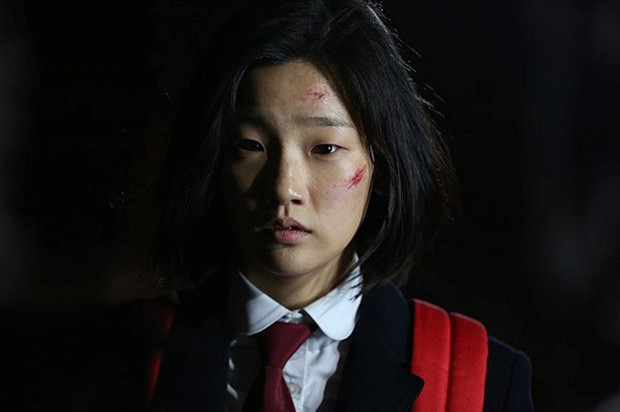 Thiên tài lừa đảo của Kí Sinh Trùng: Kiều nữ Park So Dam hoá ra là bạn học Kim Go Eun, từng bị rớt casting đến 17 lần - Ảnh 9.