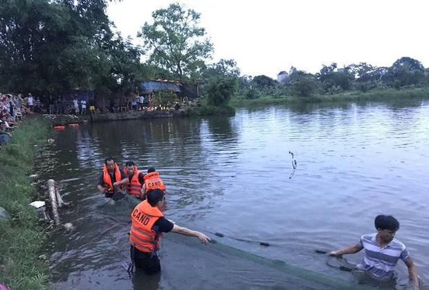 Thương tâm 2 nam sinh lớp 12 đuối nước trước ngày thi THPT Quốc gia - Ảnh 1.