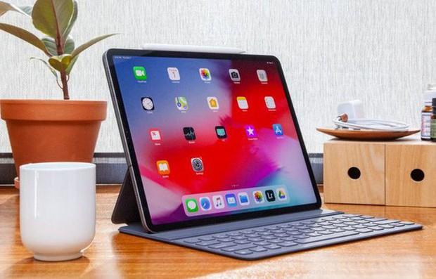 MacBook, iPad sắp có màn hình OLED đẹp như iPhone? - Ảnh 1.