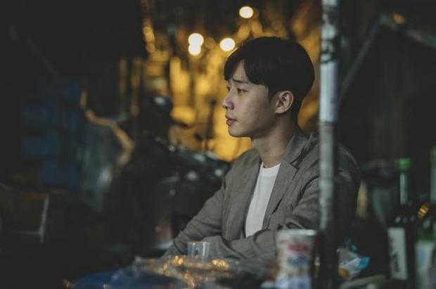 Kí Sinh Trùng có màn cameo thú vị nhất sự nghiệp Park Seo Joon: Khởi nguồn cho mọi bi kịch nhà nghèo! - Ảnh 2.