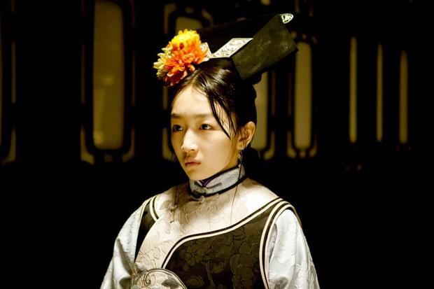 6 phim của Ảnh Hậu Châu Đông Vũ khiến khán giả vừa xem vừa lau nước mắt: Số 4 gây chấn động một thời - Ảnh 11.