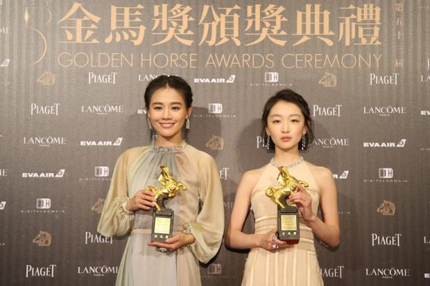 6 phim của Ảnh Hậu Châu Đông Vũ khiến khán giả vừa xem vừa lau nước mắt: Số 4 gây chấn động một thời - Ảnh 13.