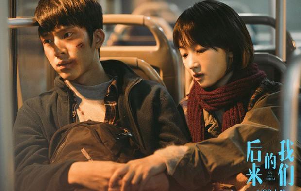 6 phim của Ảnh Hậu Châu Đông Vũ khiến khán giả vừa xem vừa lau nước mắt: Số 4 gây chấn động một thời - Ảnh 18.