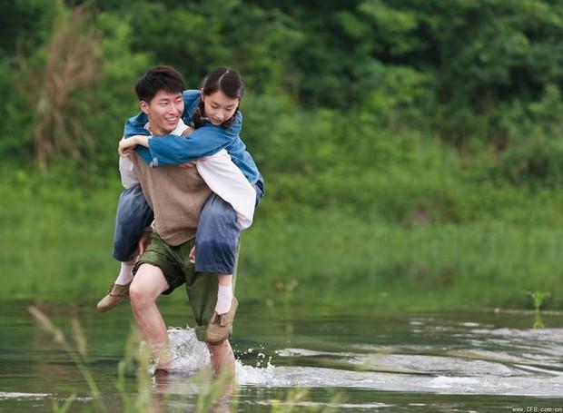 6 phim của Ảnh Hậu Châu Đông Vũ khiến khán giả vừa xem vừa lau nước mắt: Số 4 gây chấn động một thời - Ảnh 2.