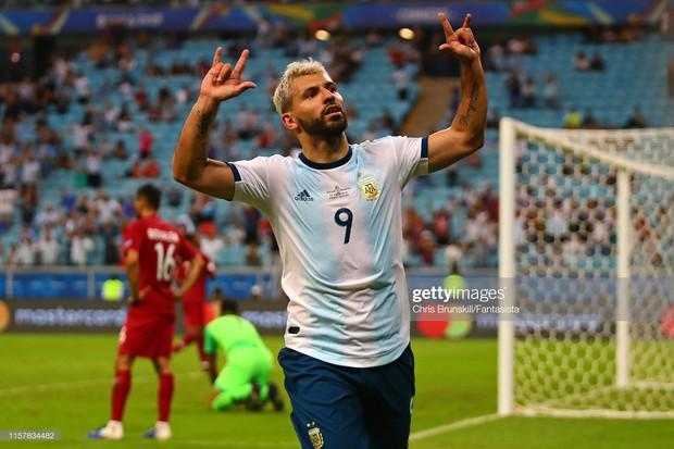 Giải bóng đá Nam Mỹ: Đánh bại ĐKVĐ châu Á, Lionel Messi và đồng đội vượt cửa tử tiến vào tứ kết - Ảnh 8.