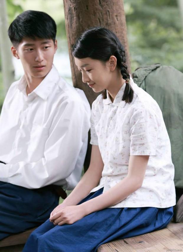 6 phim của Ảnh Hậu Châu Đông Vũ khiến khán giả vừa xem vừa lau nước mắt: Số 4 gây chấn động một thời - Ảnh 4.