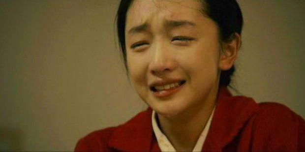 6 phim của Ảnh Hậu Châu Đông Vũ khiến khán giả vừa xem vừa lau nước mắt: Số 4 gây chấn động một thời - Ảnh 5.