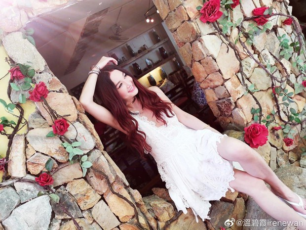 Đát Kỷ Ôn Bích Hà khoe ảnh du lịch Nha Trang, dân tình chỉ dán mắt vào body U55 mà sexy như gái đôi mươi của bà - Ảnh 2.