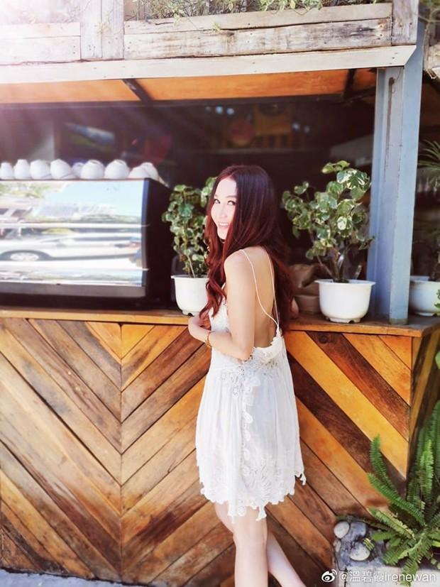 Đát Kỷ Ôn Bích Hà khoe ảnh du lịch Nha Trang, dân tình chỉ dán mắt vào body U55 mà sexy như gái đôi mươi của bà - Ảnh 6.