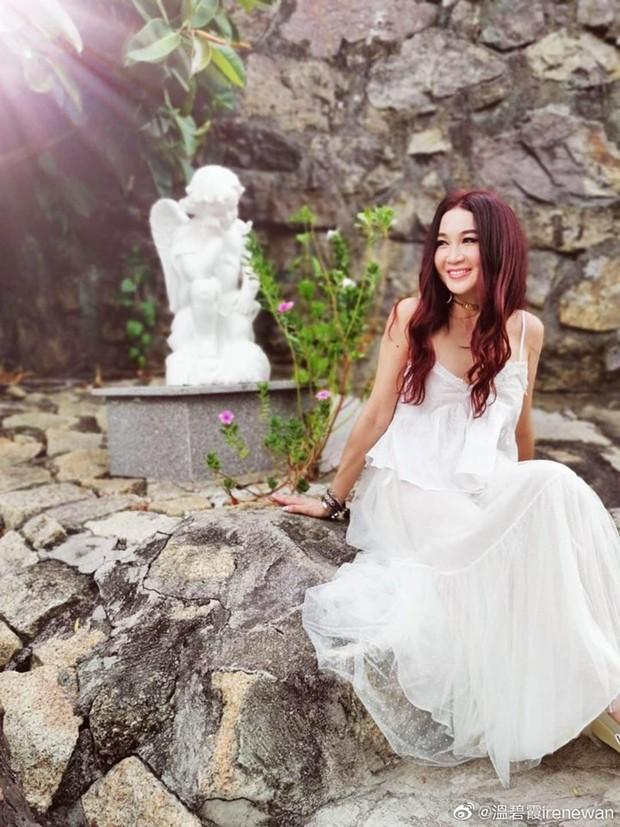 Đát Kỷ Ôn Bích Hà khoe ảnh du lịch Nha Trang, dân tình chỉ dán mắt vào body U55 mà sexy như gái đôi mươi của bà - Ảnh 9.