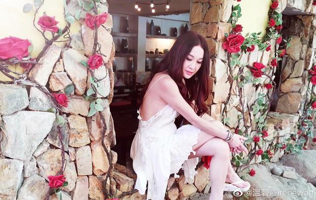 Đát Kỷ Ôn Bích Hà khoe ảnh du lịch Nha Trang, dân tình chỉ dán mắt vào body U55 mà sexy như gái đôi mươi của bà - Ảnh 3.
