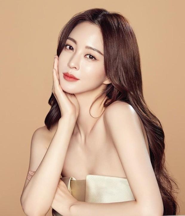 Top 10 mỹ nhân đẹp nhất Hàn Quốc theo chuyên gia thẩm mỹ: Toàn tượng đài, duy nhất 1 idol lọt top! - Ảnh 10.