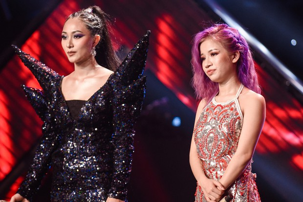 Giọng hát Việt: Bích Tuyết bất ngờ khoe khả năng hát tiếng Pháp, Bo Bắp chiến thắng nhưng vẫn bị giám khảo chê - Ảnh 4.