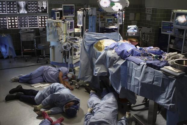 Chuyện rợn tóc gáy về người phụ nữ máu độc khiến hàng loạt bác sĩ ngất xỉu trong phòng cấp cứu, nhiều năm trôi qua vẫn là một bí ẩn lạ kỳ - Ảnh 2.