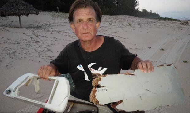 Bí ẩn MH370: Nhà điều tra nổi tiếng bị doạ giết nếu còn tìm máy bay - Ảnh 2.