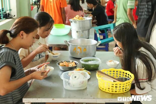Thí sinh thi THPT Quốc gia ở Hà Giang đóng 400.000 đồng tiền ăn nghỉ? - Ảnh 2.