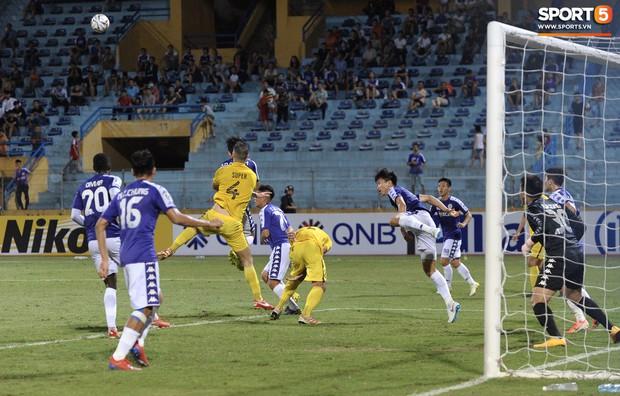 Trước tin đồn đến châu Âu thi đấu, Đoàn Văn Hậu vẫn nỗ lực hết mình vì Hà Nội FC - Ảnh 9.