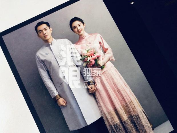Hé lộ quà mời cưới của mỹ nhân Tây Du Ký và sao Pháp Sư Vô Tâm, cặp đôi cười tít mắt chuẩn bị về chung 1 nhà - Ảnh 3.