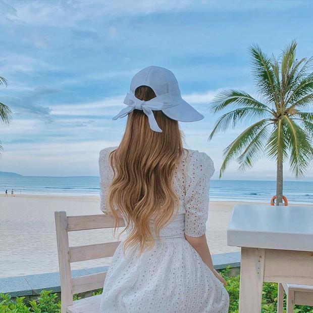 Muốn tóc nhuộm óng ả, bồng bềnh và giữ màu đẹp thật lâu trong mùa hè, bạn chỉ cần làm dăm điều đơn giản mà thôi - Ảnh 1.