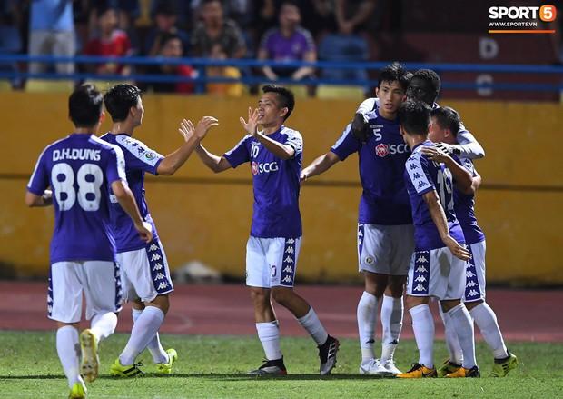 Trước tin đồn đến châu Âu thi đấu, Đoàn Văn Hậu vẫn nỗ lực hết mình vì Hà Nội FC - Ảnh 13.