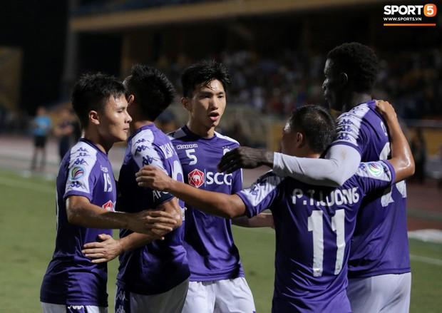 Trước tin đồn đến châu Âu thi đấu, Đoàn Văn Hậu vẫn nỗ lực hết mình vì Hà Nội FC - Ảnh 11.