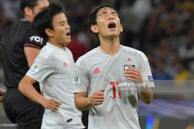 Tuyển thủ Nhật Bản ôm mặt thất vọng, các đại diện châu Á sạch bóng ở tứ kết cúp bóng đá Nam Mỹ - Ảnh 5.