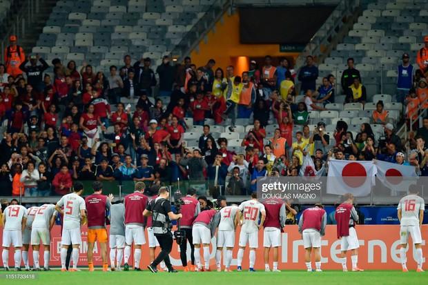Tuyển thủ Nhật Bản ôm mặt thất vọng, các đại diện châu Á sạch bóng ở tứ kết cúp bóng đá Nam Mỹ - Ảnh 10.