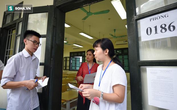 Nam sinh Phú Thọ chụp đề thi môn Văn, đưa lên mạng đã có gia đình và đi thi lần 3 - Ảnh 1.
