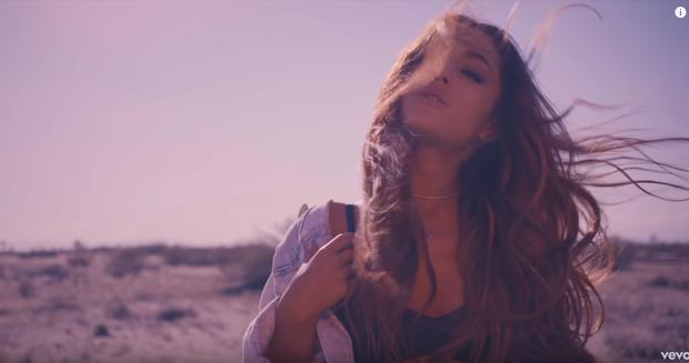 Phát hiện Sơn Tùng chơi lớn, chọn bối cảnh Ariana Grande, Lady Gaga, Beyoncé, Red Velvet... từng quay MV để thực hiện Hãy trao cho anh! - Ảnh 14.