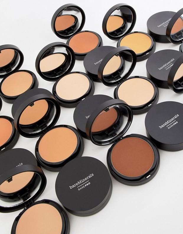 Là tín đồ makeup chân chính, bạn nhất định phải thử 20 món mỹ phẩm đã thu phục hết thảy các beauty editor này - Ảnh 19.