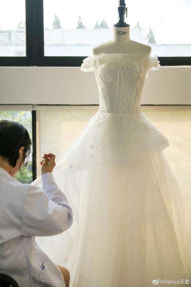Tiết lộ dàn phù dâu phù rể toàn cực phẩm và chi tiết đắt giá đám cưới mỹ nhân Tây Du Ký: Dự sẽ gây nổ cả Cbiz! - Ảnh 8.