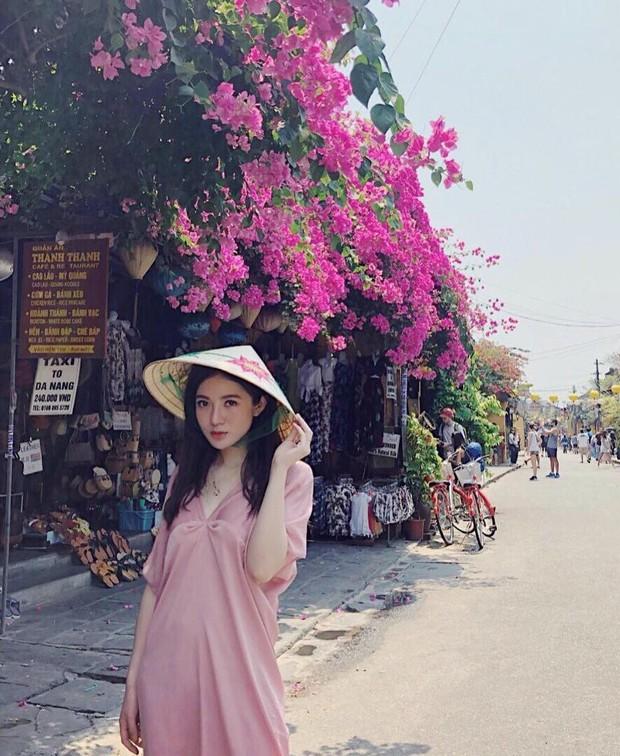 Lộ bụng lùm xùm, Tú Linh dính nghi vấn đang mang thai lần 2 sau hơn 2 năm kết hôn - Ảnh 2.