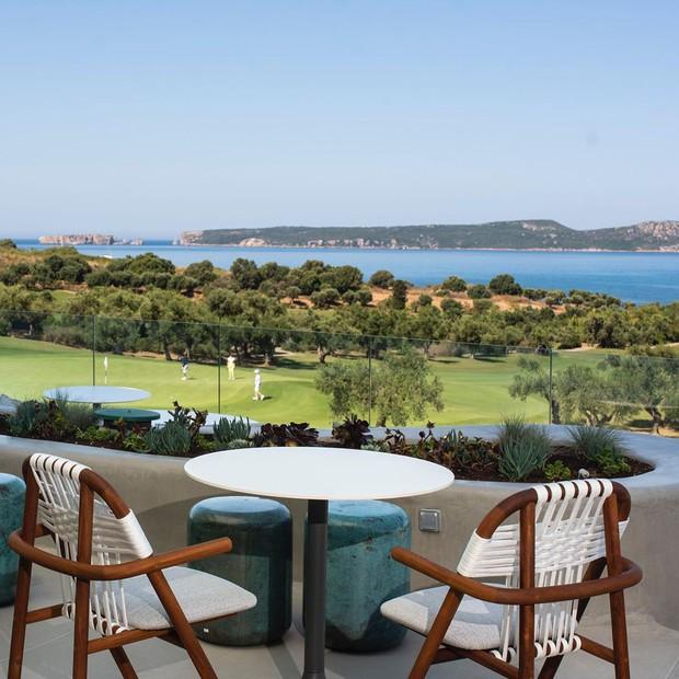Soi độ sang chảnh của khu nghỉ dưỡng mà Ronaldo chi gần 700 triệu đồng cho nhân viên phục vụ trong chuyến đi Hy Lạp cùng bạn gái - Ảnh 13.