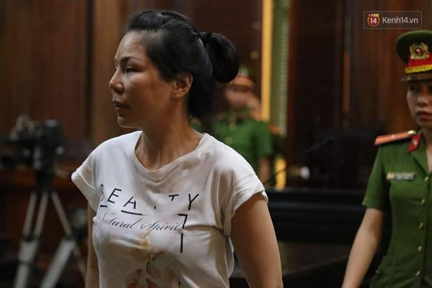 Người phụ nữ tên Sen liên tục được bác sĩ Chiêm Quốc Thái nhắc đến trong phiên xử có mấu chốt thế nào trong vụ án? - Ảnh 3.