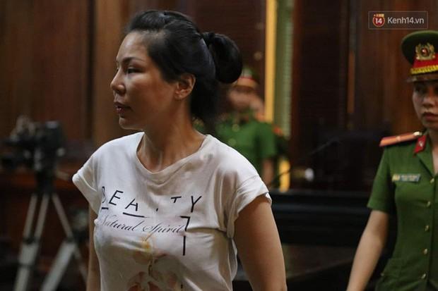 Vợ cũ bác sĩ Chiêm Quốc Thái thanh minh tại tòa sau khi thuê giang hồ truy sát chồng: Chỉ đánh dằn mặt, thuê người tát mấy cái... - Ảnh 6.