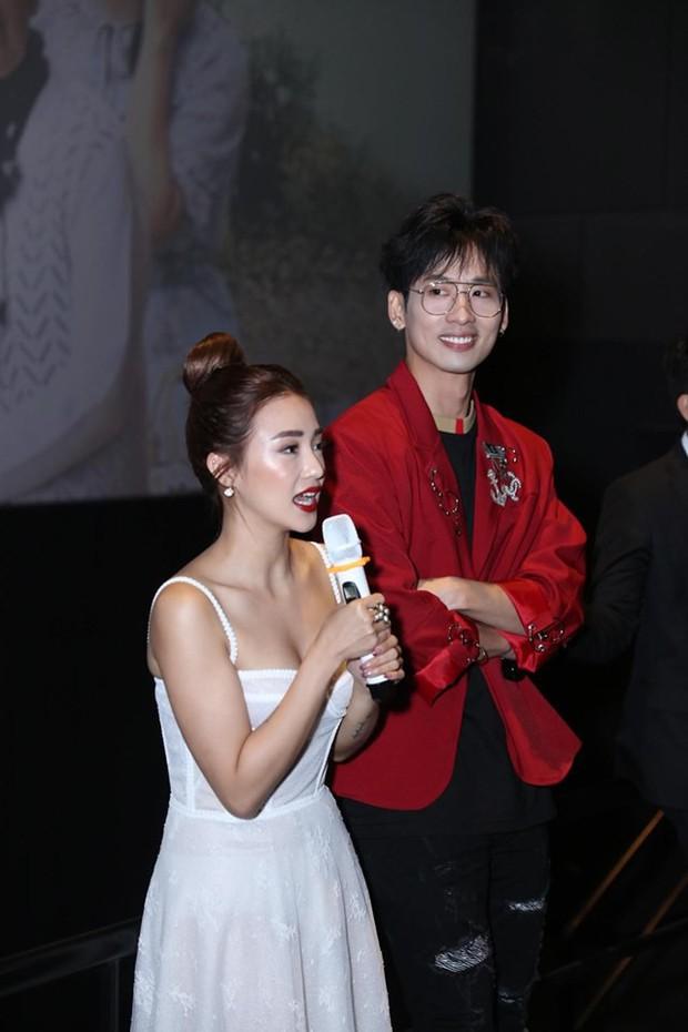 Tuấn Trần thừa nhận crush Salim, Trấn Thành hí hửng dắt vợ đi xem 21 Ngày Yêu Em ủng hộ bồ cũ - Ảnh 2.