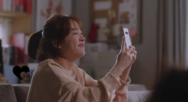 Lơ đẹp lời bố, Han Ji Min vẫn cho khán giả no thính với khoảnh khắc tình bể bình bên Jung Hae In trong tập 11 Đêm Xuân - Ảnh 6.