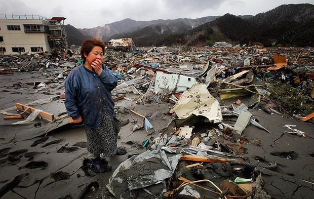 Câu chuyện về bốt điện thoại kỳ lạ nhất quả đất ở Nhật Bản: Nằm chơ vơ giữa vùng đất hoang vắng, là nơi để người sống liên lạc với người đã chết - Ảnh 3.