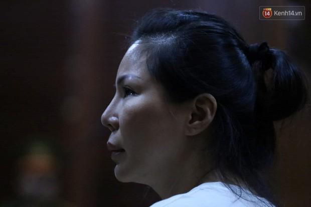 Vợ cũ bác sĩ Chiêm Quốc Thái thanh minh tại tòa sau khi thuê giang hồ truy sát chồng: Chỉ đánh dằn mặt, thuê người tát mấy cái... - Ảnh 17.