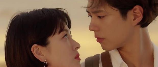 Park Bo Gum bị đồn phim giả tình thật với Song Hye Kyo, loạt khoảnh khắc ngọt lịm Encounter lại bị đào lên! - Ảnh 4.