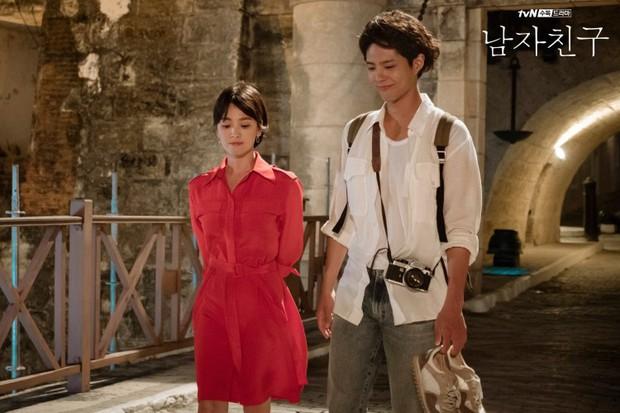 Park Bo Gum bị đồn phim giả tình thật với Song Hye Kyo, loạt khoảnh khắc ngọt lịm Encounter lại bị đào lên! - Ảnh 6.