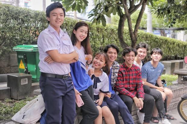 Nữ sinh xinh đẹp ở Sài Gòn gây náo loạn cổng trường thi, xem hình ảnh đời thường càng thấy xuất sắc hơn - Ảnh 11.