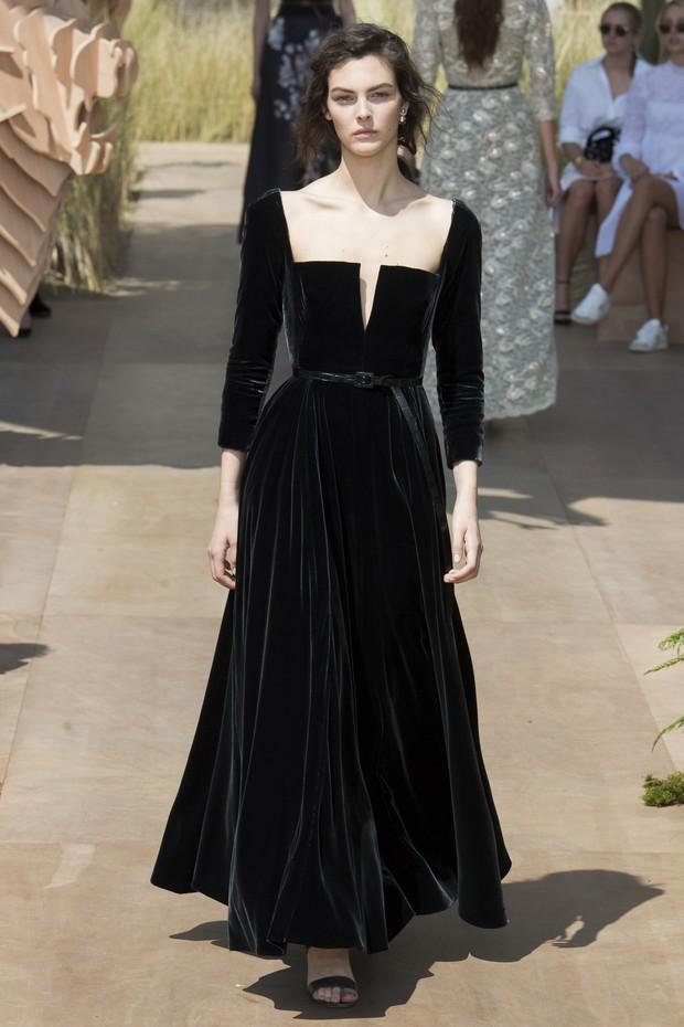 2 năm trước, Song Hye Kyo từng gây thổn thức vì hình ảnh hạnh phúc trong mẫu váy cưới đẹp như mơ - Ảnh 5.