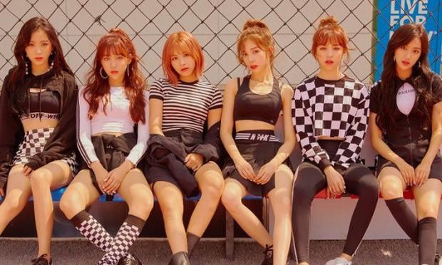 """Những nữ idol """"phân thân"""" trong nhiều nhóm nhạc: Kỉ lục của HyunA bị san bằng bởi thành viên siêu lận đận, cứ debut là nhóm… tan rã - Ảnh 13."""