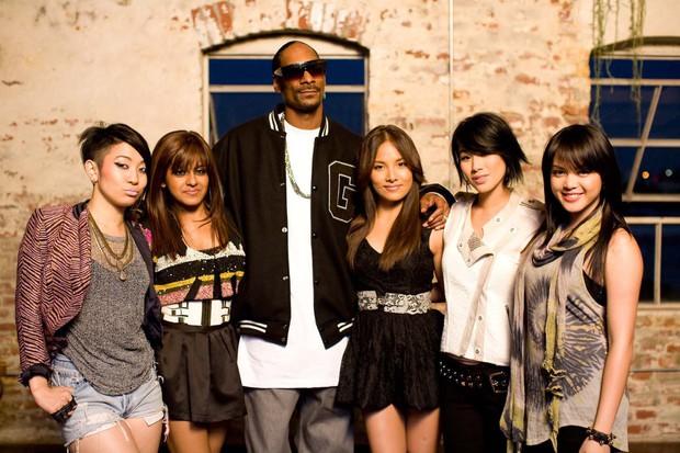"""Trước ngày """"Hãy Trao Cho Anh"""" ra mắt, cùng nhìn lại những lần Snoop Dogg bắt tay những nghệ sĩ châu Á siêu đình đám - Ảnh 2."""